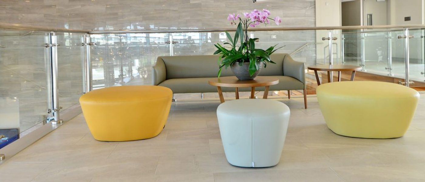Contemporary living room chair